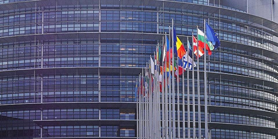 european-parliament-1274765_1280